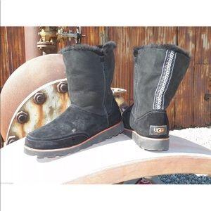 New Women UGG Shanleigh Black Braid Sheepskin Boot